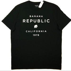 """""""Banana Republic"""" Graphic Tshirt"""